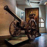 Der Niedergang von Dinkelsbühl begann mit dem 30jährigem Krieg. Hier ist eine original Kanone aus der damaligen Zeit