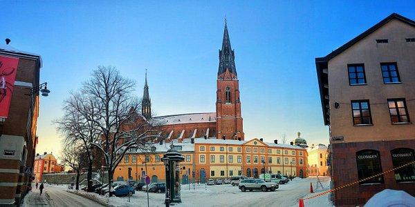 Uppsala domkyrka / Uppsala Cathedral från St Eriks torg, februari 2019. Bild/Photo: Johan Nilsson.