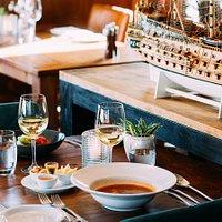 Aan tafel bij De Meerplaats