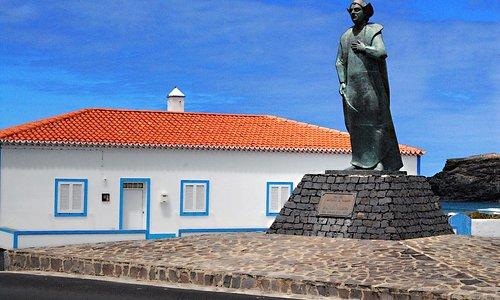 Estátua de Cristóvão Colombo no Lugar dos Anjos em Santa Maria.