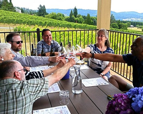 Bells Up is always open by appointment and never double book, so private, seated tastings with winemaker Dave Specter are dedicated solely to your group.