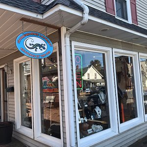 Wonderful interesting lapidary store on Rehoboth Avenue.  The staff us very helpful.  Just walking through and reading the signs about stones, crystals , and fossils was educational and museum like. Well worth a visit.  Reasonable prices too.