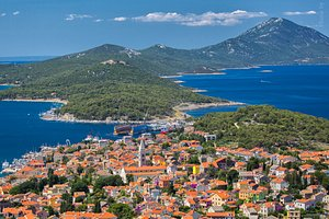 Mild climate, rich biodiversity, pleasant atmosphere and 250 cultural and entertainment events – these are just some of the epithets that helped position the Lošinj Archipelago on the world market as the Island of Vitality.