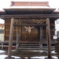 鳥居と社殿