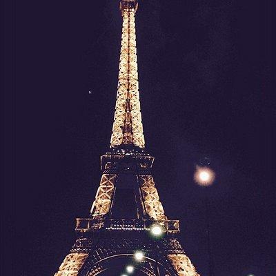 La Tour Eiffel jour nuit au choix...