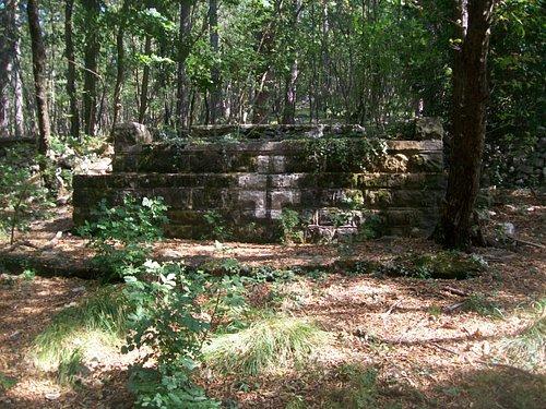 Altare del cimitero tedesco
