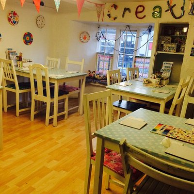 Our cosy studio has loads on inspiration to help you get creative. We serve snacks and hot and cold drinks for you to enjoy as you paint.