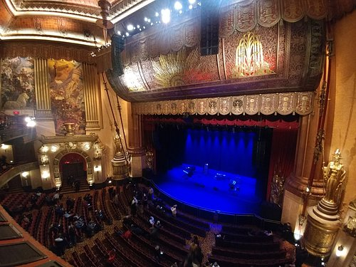 View from seat E18 Lower Balcony - Beacon Theatre - NYC (14/Feb/19).