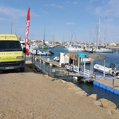Notre base nautique vous accueil tous les jours, avec de la bonne humeur et du professionnalisme.