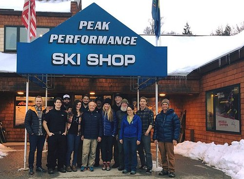 Mikaela Shiffrin stopped by to meet the staff in 2018.