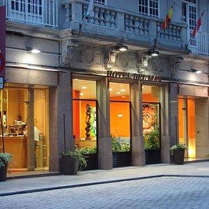 Fachada Hotel del Mar