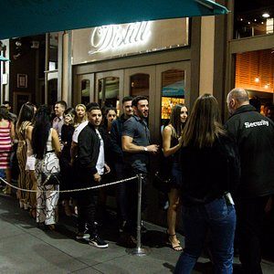 A line up forms around 10am to get upstairs to the DJ's,