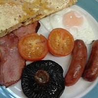 Range of breakfasts including vegetarian plus breakfast ciabattas and sandwiches