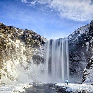 YES Travel Iceland ehf.