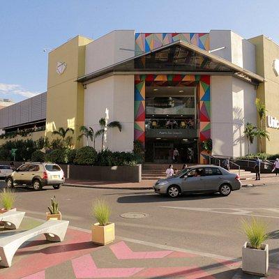 Unicentro Medellín. El centro comercial donde encuentras todo lo que necesitas!