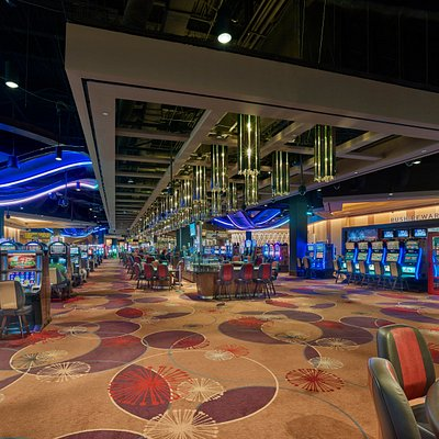 SugarHouse Casino features 1,891 slots, 103 table games, a 28-table poker room. The state-of-the-art Poker Night in America Poker Room is the first of its kind and is named after the popular CBS Sports TV program.