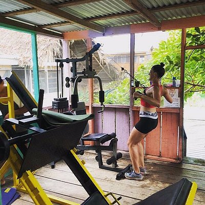 inside we have the enough equipment for bodybuilding and power lifting. the local Placencia bodybuilding team have been wining  the must interesting shows in all Belize and latino America since 2009 been sponsored by Evolution Beach GYM...