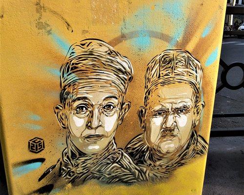 Fresque sur la boîte postale