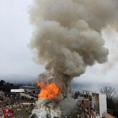 点火直後の様子。 炎は一気に勢いを増す。
