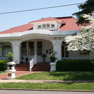 Thistle Cottage- Greenville, KY