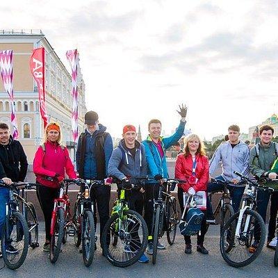 Регулярные велоэкскурсии по Москве. Подробности и расписание на сайте.