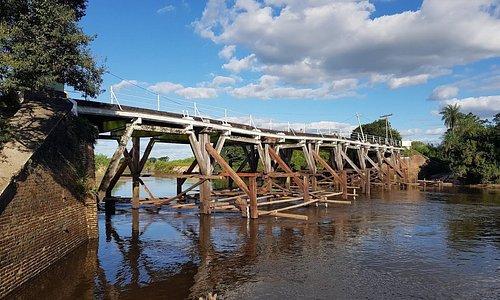Puente Pexoa en estos momentos se halla en reparación.