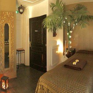 Le salon de massage, calme, paisible où Véronique vous chouchoutera !!