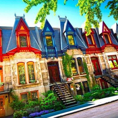 MonTataneTour vous parle de Montréal la merveilleuse avec le plus de précisions possible et surtout avec le coeur, N'hésitez pas montatanetour.fr sur internet...