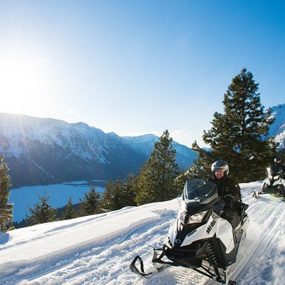 Incredible views of Lake Wenatchee on the Sno Cone tour!