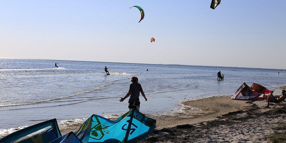 Kitesurfing time!!!