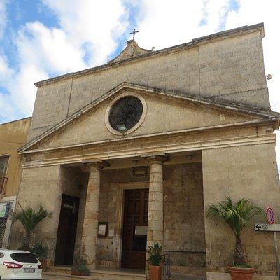 la facciata neoclassica