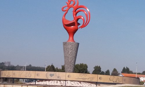 Monumento - Estatua Galo de Barcelos