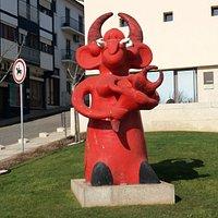 Figurado de Barcelos-Diaba muito perto do Monumento a Sá Carneiro.