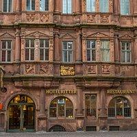 Hotel Zum Ritter St. Georg mit Renaissance Fassade