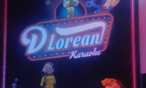 Karaoke DeLorean