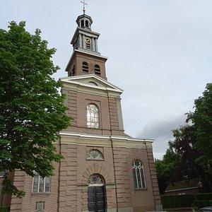 """19de eeuwse """"Waterstaatskerk-architectuur uit 1840-1841;Sint Lambertuskerk te Udenhout"""