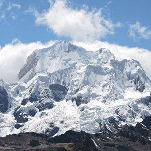 Nevado Rasac cordillera Huayhuash.