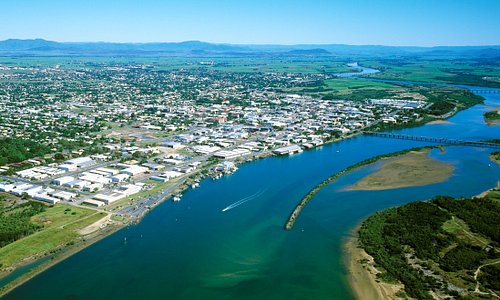 A view of the Pioneer River and the Mackay City