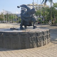 Tayrona wrestling, Santa Marta seafront