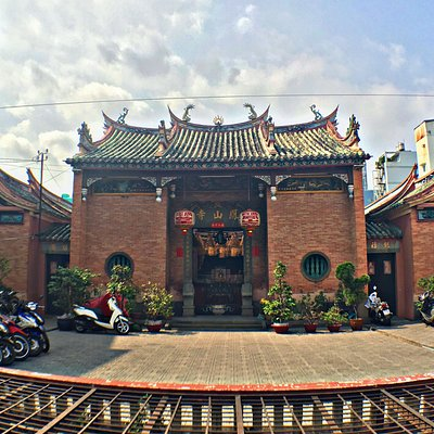 The beautiful Phung Son Tu Pagoda was built between 1802 and 1820 on the site of structures from the Funan period.