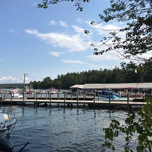 Nothing beats Shep's in the summer! The Town of Meredith operates a public boat ramp right outside our doors and hosts a public dock for temporary (up to 3 hours) boat parking all summer long! Don't forget to fuel up at our gas dock on your way out.
