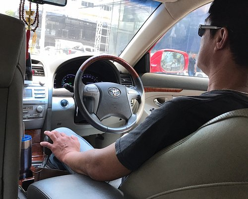 I booked a car from Pattaya to Bangkok, he was so polite, on time, very clean car & he was smiling all time. Honestly I want to thank Tee so much for his kindness. The price was very reasonable also. There is no more words except, THANK YOU Mr.Tee 🙏🏻 I highly recommend this taxi for your nice vacation