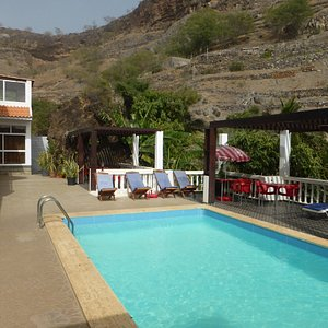 Pool and 'ribeirinha', the dry river valley in which the Pousada is situated.