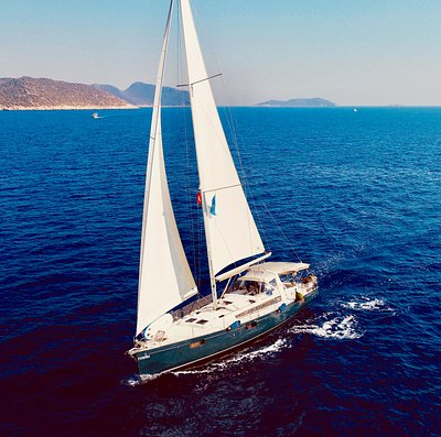 Sailing in Kas. Beneteau Oceanis 48 Sailing Yacht available to charter from Kas Marina