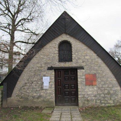 Entrée de la chapelle