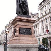Sidney Herbert Statue