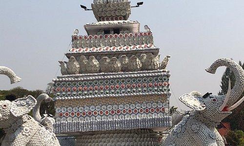 Patuxay Stupa