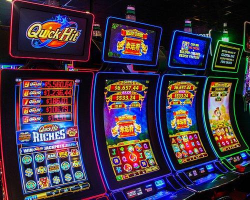 300+ Slot Machines