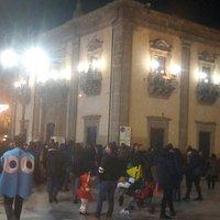 Il palazzo comunale , nella piazza principale del paese.