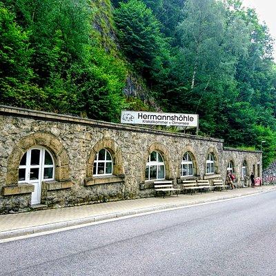 Hermannshöhle -- Jaskinia w Rübeland - Tropfsteinhöhlen Rübeland
